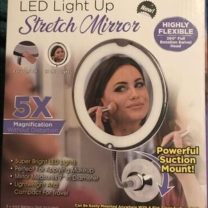 LED Light Up Stretch Mirror